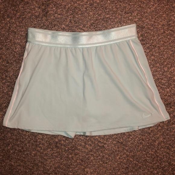 Nike tennis skirt. Small